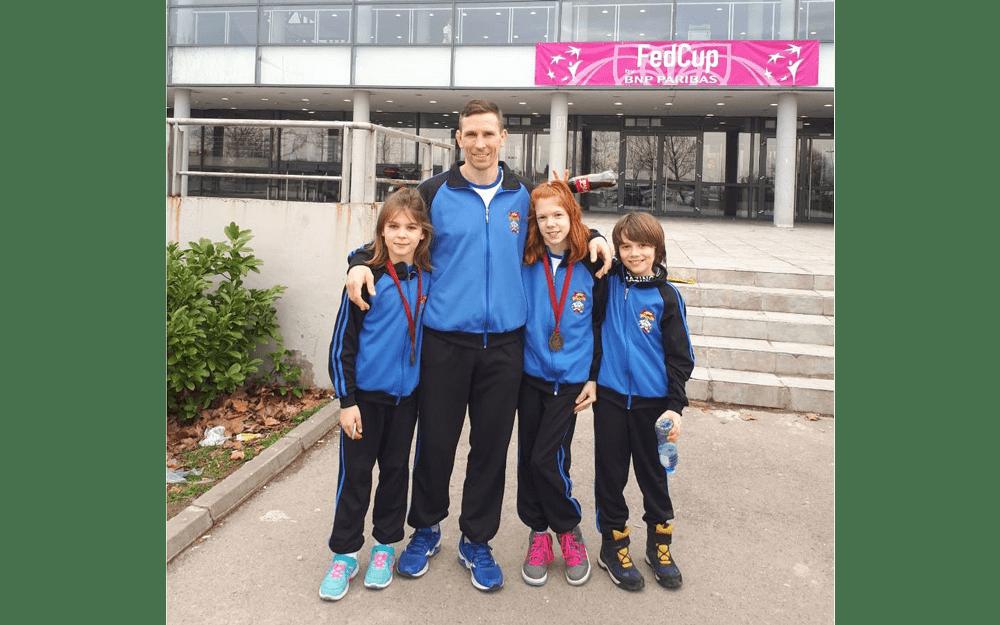 Mijalković Anja i Aleksić Hana osvojile treće mesto na medjunarodnom turniru u Zrenjaninu